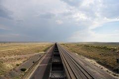 空的煤炭火车在怀俄明 免版税库存照片