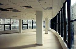 空的现代办公室空间