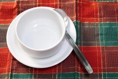 空的白色陶瓷汤碗 库存照片