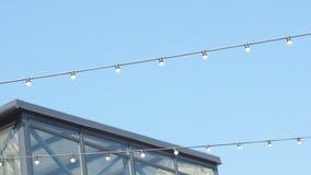 空的篮球场,天空,电灯泡 影视素材