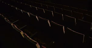 空的红色椅子行在剧院 影视素材