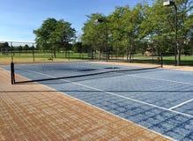 空的网球场 免版税库存照片