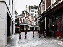 空的街道在伦敦市 免版税库存图片