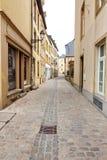 空的街道看法在卢森堡 免版税库存图片