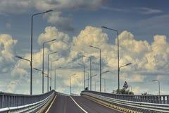 空的跨境路 免版税库存照片