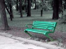 空的长凳 免版税库存图片