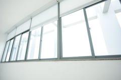 空的长的走廊 免版税库存照片