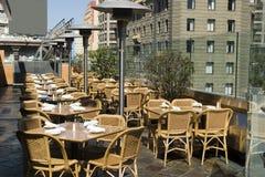 空的餐馆表 免版税库存图片