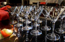 空的鸡尾酒或香槟玻璃 免版税库存照片