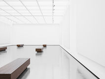 空的画廊内部大模型与白色帆布的 免版税库存图片