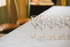 空的玻璃餐馆集 库存照片