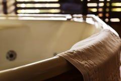 空的浴盆 免版税库存照片