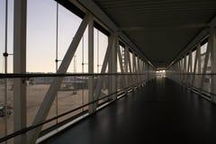 空的终端走廊 免版税库存照片