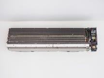 空调器墙壁类型系统以肮脏的情况 免版税库存图片