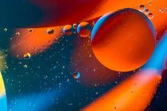 空间或行星宇宙宇宙抽象背景 土星或毁损-太阳系 抽象分子sctructure 背景浴蓝色泡影水 图库摄影