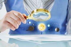 空间人探索的行星  免版税库存照片