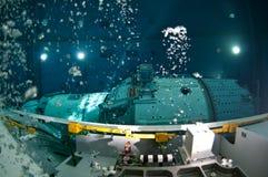 空间佩戴水肺的潜水 免版税图库摄影