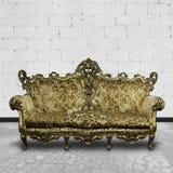 空间沙发维多利亚女王时代的白色 库存图片