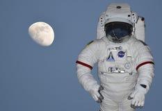 空间的美国航空航天局宇航员 免版税库存照片