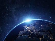 从空间的行星地球在晚上 库存图片