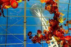 空间针看法通过Chihuly玻璃展览 库存图片
