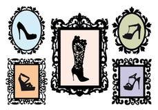 穿上鞋子在古色古香的框架,向量集的剪影 免版税库存图片