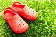 穿上鞋子夏天 免版税图库摄影