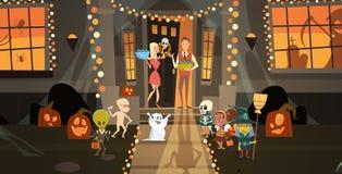 穿妖怪服装的孩子走安置得到糖果把戏或款待愉快的万圣夜横幅假日概念 库存例证