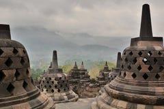 穿孔的stupas Borobudur寺庙 马格朗 中爪哇省 印度尼西亚 库存图片