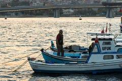 突出在弓的渔夫 免版税库存照片