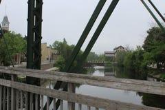 突出在桥梁 免版税库存图片