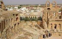 突尼斯,非洲- 2012年8月03日:ElJem的大剧场在夏天 免版税图库摄影