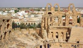 突尼斯,非洲- 2012年8月03日:ElJem的大剧场在夏天 免版税库存照片