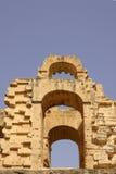 突尼斯,非洲- 2012年8月03日:ElJem的大剧场在夏天 库存照片