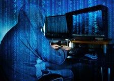 窃取数据-概念的危险黑客 免版税库存图片