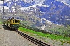 窄片铁路。 瑞士。 库存照片