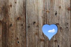 窗口喜欢心脏的形状 库存图片