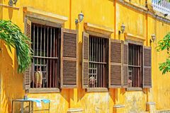 窗口在会安市古镇,越南联合国科教文组织世界遗产名录 免版税库存图片