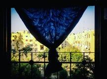 窗口在开罗市 免版税图库摄影