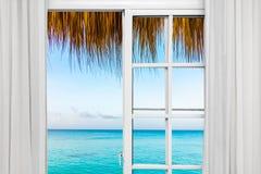 窗口开放棕榈滩 图库摄影