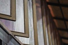 窗口蚊子筛网网保护 免版税库存照片