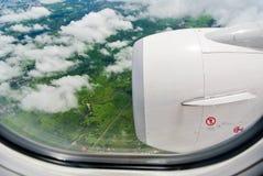 窗口飞机的天空 库存照片