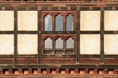 窗口-在Gangtey -不丹附近的村庄 免版税库存图片