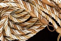 窗帘堆绳索丝绸缨子 免版税库存图片