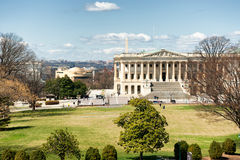 建立东边的美国国会大厦在白天 免版税库存照片