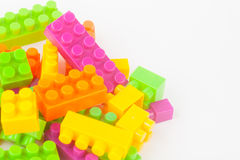 建立五颜六色的块的玩具 免版税图库摄影