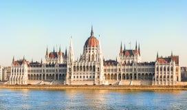 建立匈牙利议会的布达佩斯 免版税库存图片