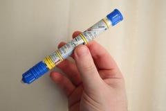 立即可用肾上腺素自动的注射器 免版税库存图片