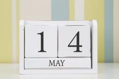 立方体形状日历5月14日 库存照片