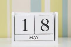 立方体形状日历5月18日 免版税图库摄影